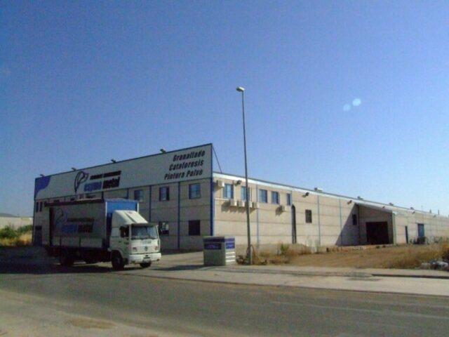 Edificio Esymo Metal